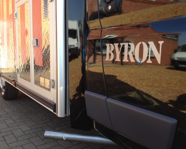 byron-burger-van-large-10