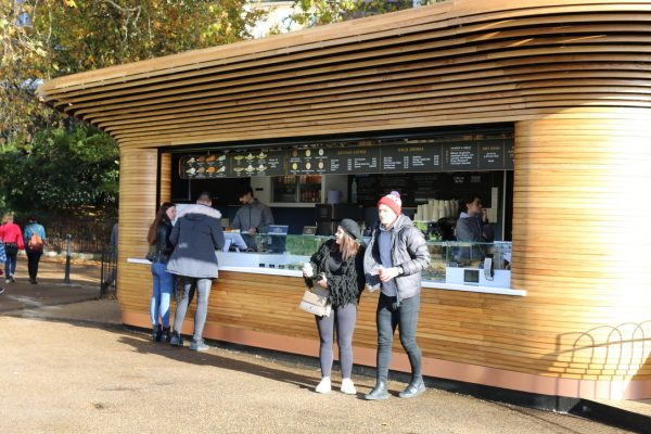 Colicci-Royal-Parks-2018-City-kiosk-Coffee-Steam-Bent-Oak-Raffield-Image10