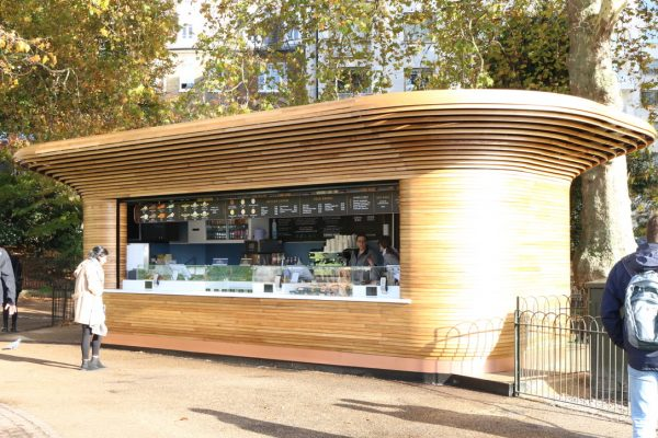Colicci-Royal-Parks-2018-City-kiosk-Coffee-Steam-Bent-Oak-Raffield-Image12