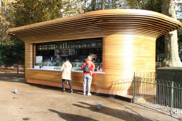 Colicci-Royal-Parks-2018-City-kiosk-Coffee-Steam-Bent-Oak-Raffield-Image14