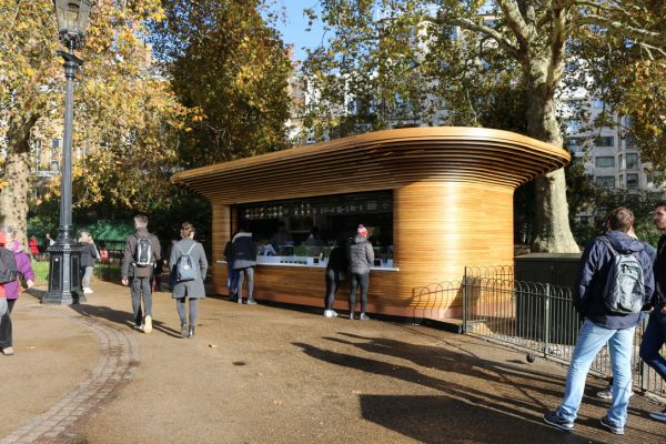 Colicci-Royal-Parks-2018-City-kiosk-Coffee-Steam-Bent-Oak-Raffield-Image4