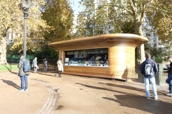 Colicci-Royal-Parks-2018-City-kiosk-Coffee-Steam-Bent-Oak-Raffield-Image6